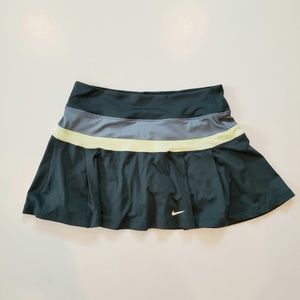 Nike Dri-Fit Tennis Skirt Size M